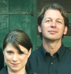 Claudia Rohnefeld, Schauspielerin und Kabarettistin, und Peter Havlicek treffen seit über 10 Jahren in unterschiedlichsten Programmen aufeinander, ... - rohnefeld-havlicek